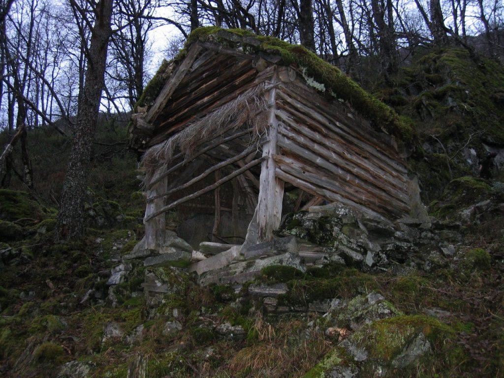 Jedlaløo før istandsetting. (Foto: Kulturminnefondet)