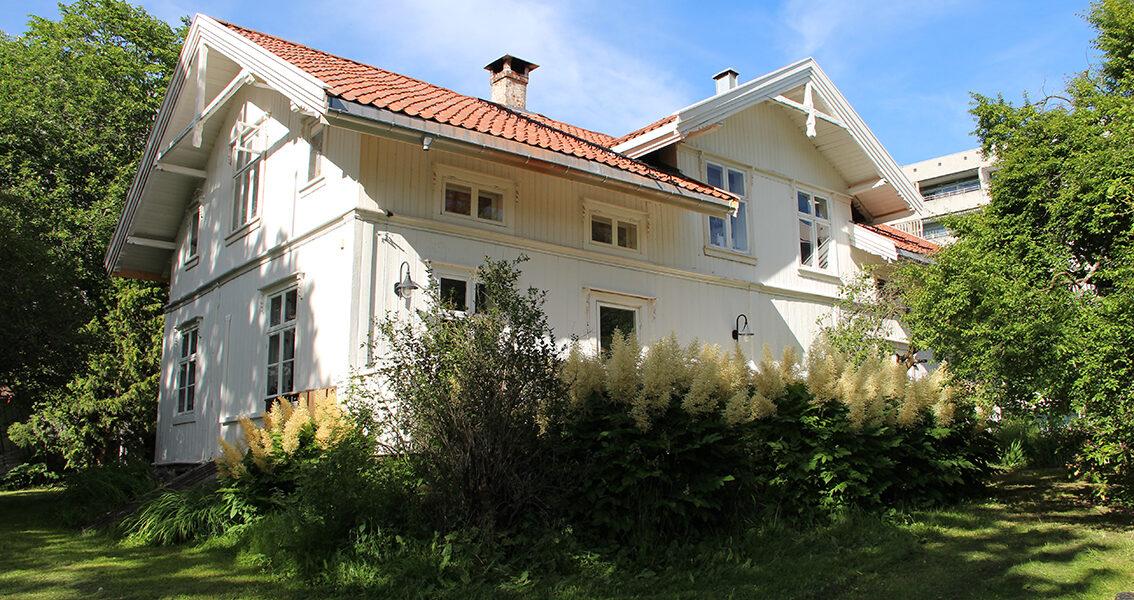 Hovedbygningen på Stig gård i Oslo. (Foto: Gunnhild Ryen/Kulturminnefondet)