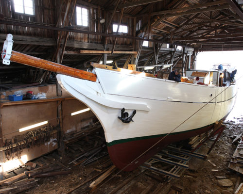 Moen trebåtbyggeri i Risør er også et av prosjektene som har fått støtte fra Kulturminnefondet. Her fikk Solrik utført omfattende restaureringsarbeider i 2015. (Foto: Rune Nylund Larsen)