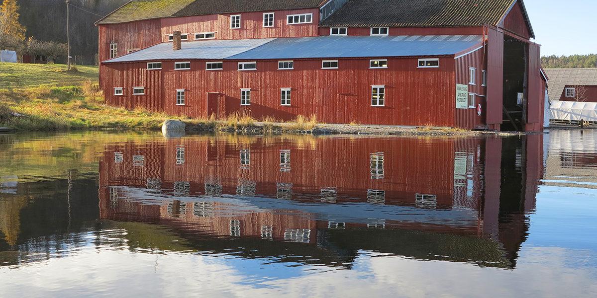 Restaurering av Solrik skapte ringvirkninger for fartøyvernet på Sørlandet. Moen trebåtbyggeri i Risør fikk oppdraget, og slik bevares både båt, båtbyggeriet og tradisjonshåndverket. (Foto: Rune Nylund Larsen)