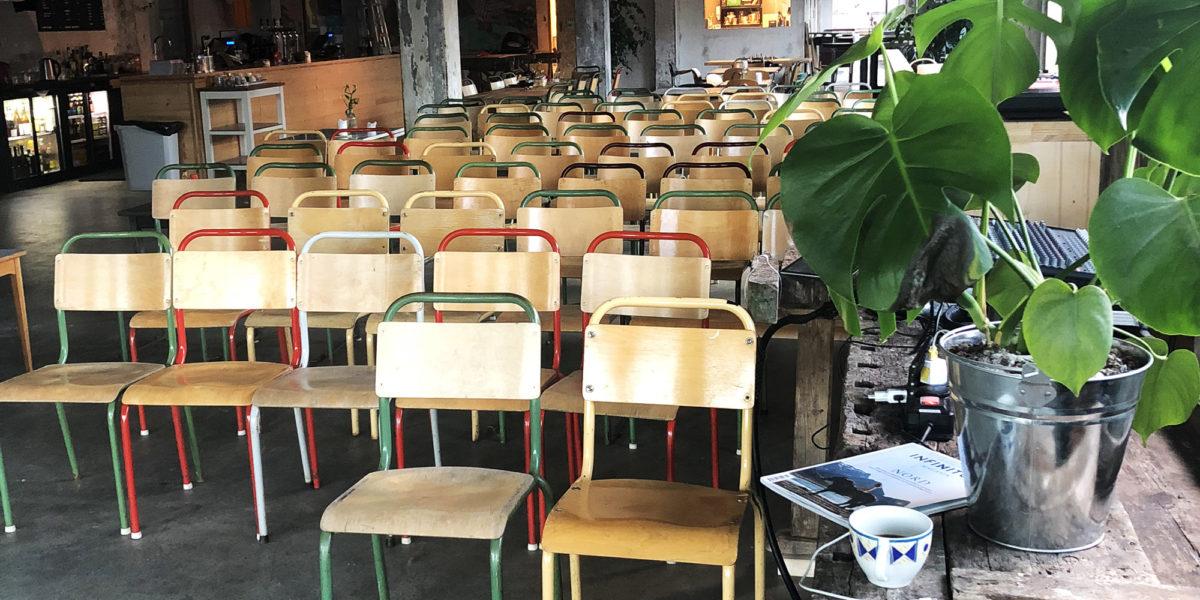 Trevarefabrikken har nå blitt en unik møteplass for lokalbefolkningen og tilreisende.  Foto: Simen Bjørgen/Kulturminnefondet
