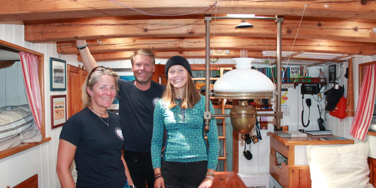 Kathrine Gyllenhammar, Knut Nilsen og Emma Gyllenhammar.