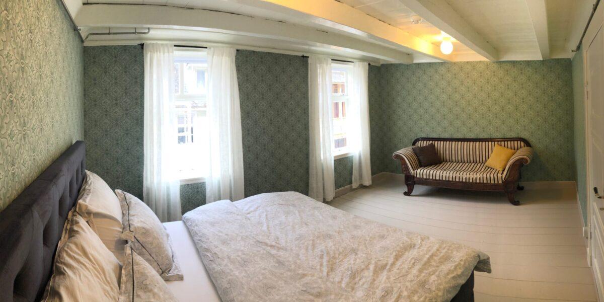 Overnattingstilbudet har blitt populært - her drømmer du i historiske omgivelser. Foto: Privat/fra søknad