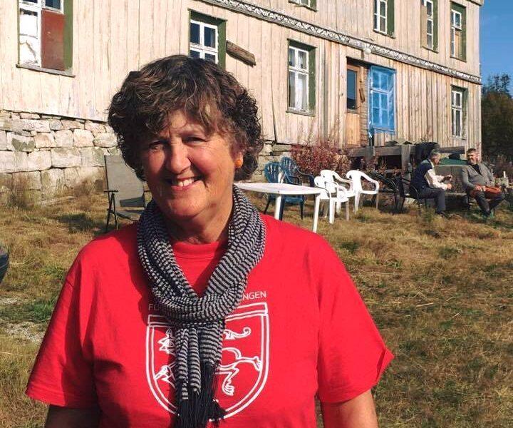 Else Marie Skau i Kulturminnefondet i Telemark har bidratt til at skysstasjonen blir bevart for fremtiden.