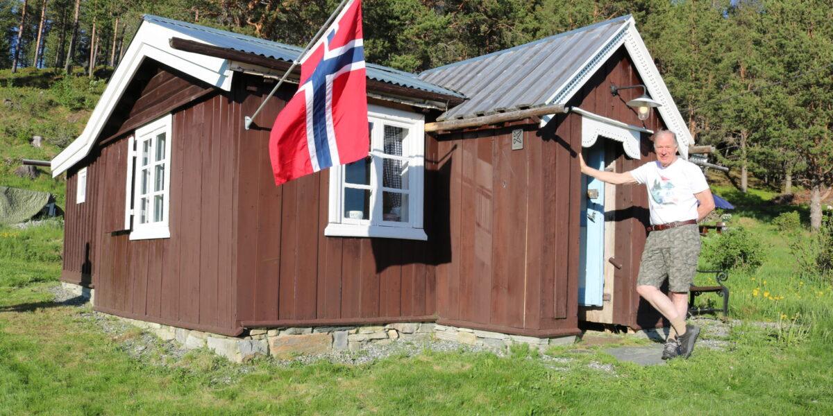 Slik ser Oluf-huset ut i dag etter at Stein Havn Karlsen har restaurert heile huset. Foto: Kjell Nyhus