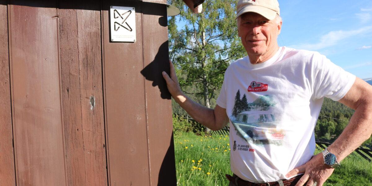 Stein Havn Karlsen har teke vare på Oluf-huset med støtte frå Kultur-minnefondet. Foto: Kjell Nyhus