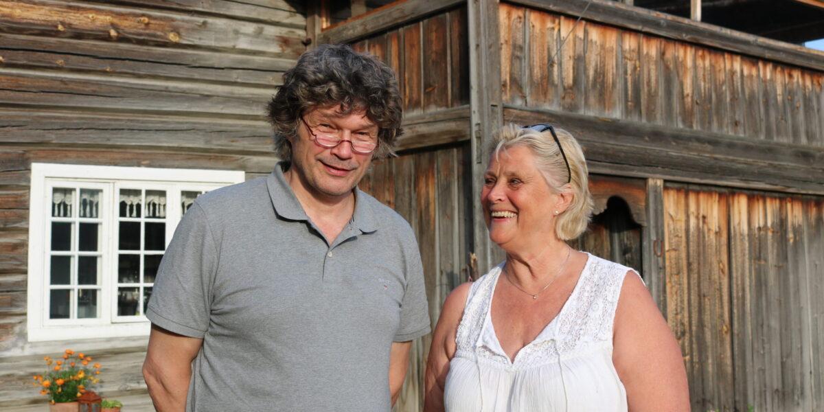 Terje Marstein og Edel Aas kjøpte Gardsøy i Vågå i 2011. Foto: Kjell Nyhus